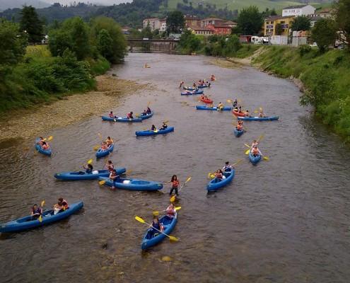 salida descenso en canoa por el rio sella